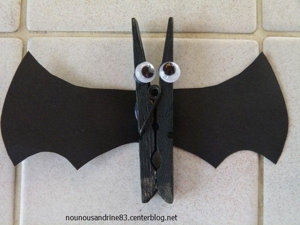 activit manuelle halloween chauve souris cadre photo chauve souris. Black Bedroom Furniture Sets. Home Design Ideas