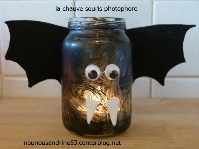 activit manuelle halloween photophore chauve souris. Black Bedroom Furniture Sets. Home Design Ideas
